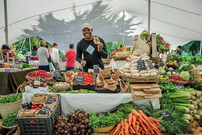 oranjezicht-city-farm-market-organic-stand