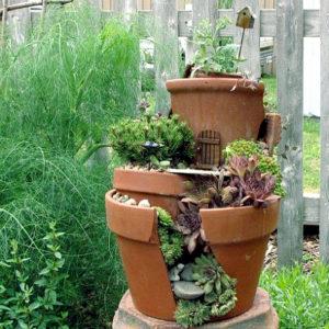 Reuse-the-broken-pots-in-garden-300x300